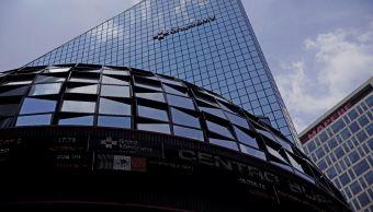 BMV cierra con ganacia tras reportes corporativos