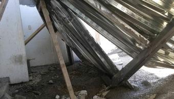 Dos lesionados en SEP Monterrey tras caer placa de cemento