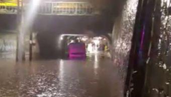 rescatan guadalajara pasajeros camion foraneo tunel
