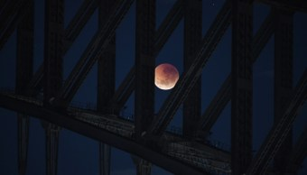 Cielo nublado Argentina impide observar eclipse lunar