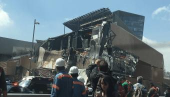 Se derrumba parte de centro comercial Artz Pedregal