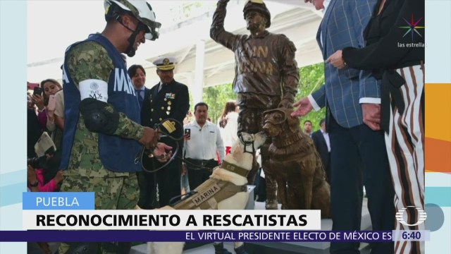 Develan en Puebla estatua de 'Frida', la perrita rescatista