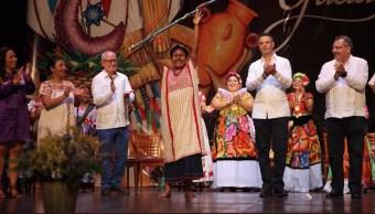 Eligen a Francisca Pérez diosa Centéotl para la Guelaguetza