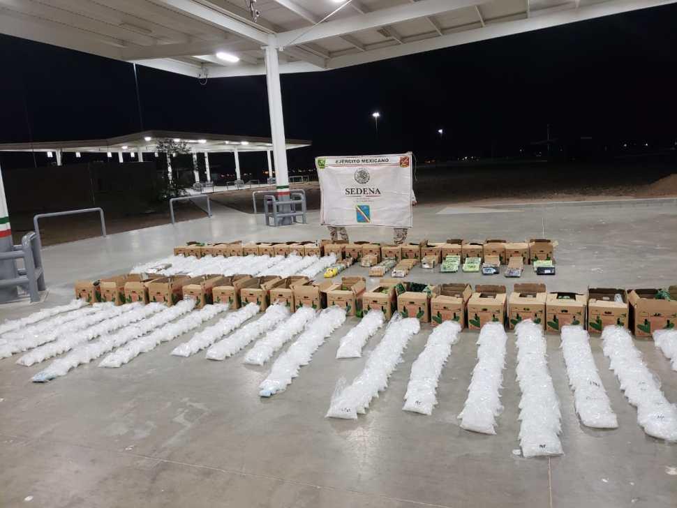Ejército asegura droga en carretera de Sonora