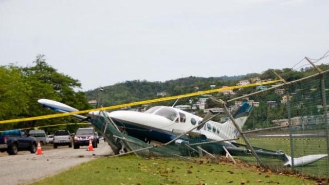 Mueren cuatro personas al chocar dos aviones en aire Miami