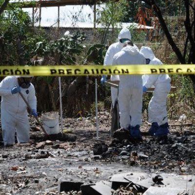 Hallan 11 cuerpos en fosas clandestinas en Jalisco