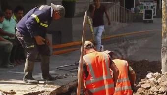 Se registra fuga de agua en la delegación Álvaro Obregón, CDMX