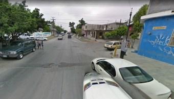 Corrientes provocadas por intensas lluvias arrastran autos en Monterrey