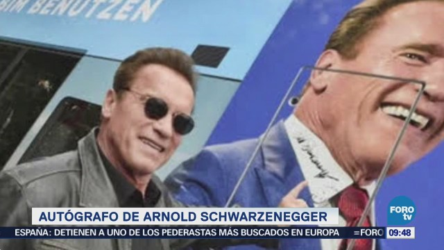 Subastan autógrafo de Schwarzenegger para la protección