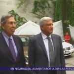López Obrador recibió a Cuauhtémoc Cárdenas en su casa campaña