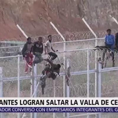 Migrantes africanos saltan valla de Marruecos con Ceuta