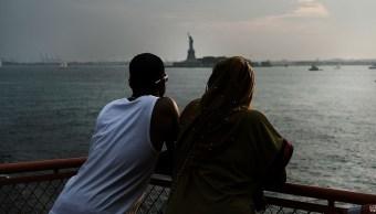 Cientos de inmigrantes convierten ciudadanos 4 julio EU