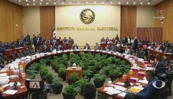Multan a Morena por irregularidades en fideicomiso