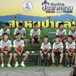 Niños Tailandia tenían comida y sobrevivieron agua lluvia