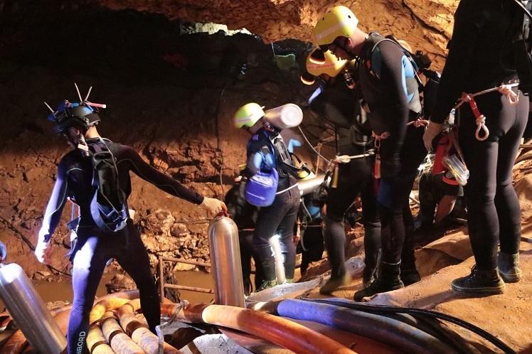 Ocho niños rescatados cueva Tailandia se recuperan problemas