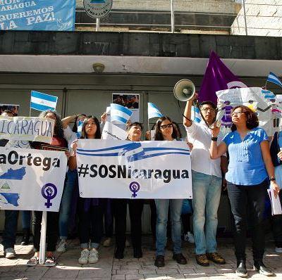 Protestan frente a Embajada de Nicaragua en México para exigir fin a violencia