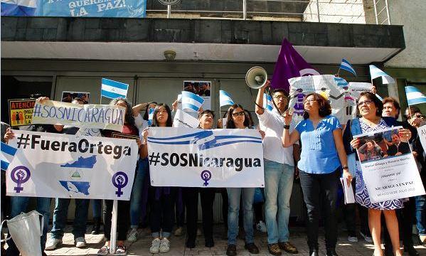 Protestan frente a embajada de Nicaragua en México