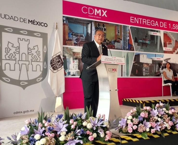 EPN ratifica a Raymundo Collins como titular de la SSPCDMX