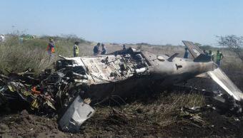 Avión de la Sedena se estrella durante práctica en Oaxaca