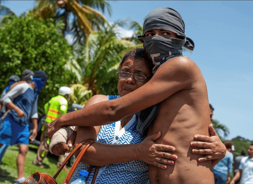 Fuerzas de Daniel Ortega arremeten contra comunidad indígena de Masaya — Nicaragua