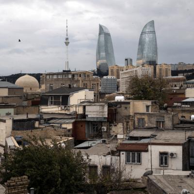 Masivo apagón deja a oscuras a casi toda Azerbaiyán