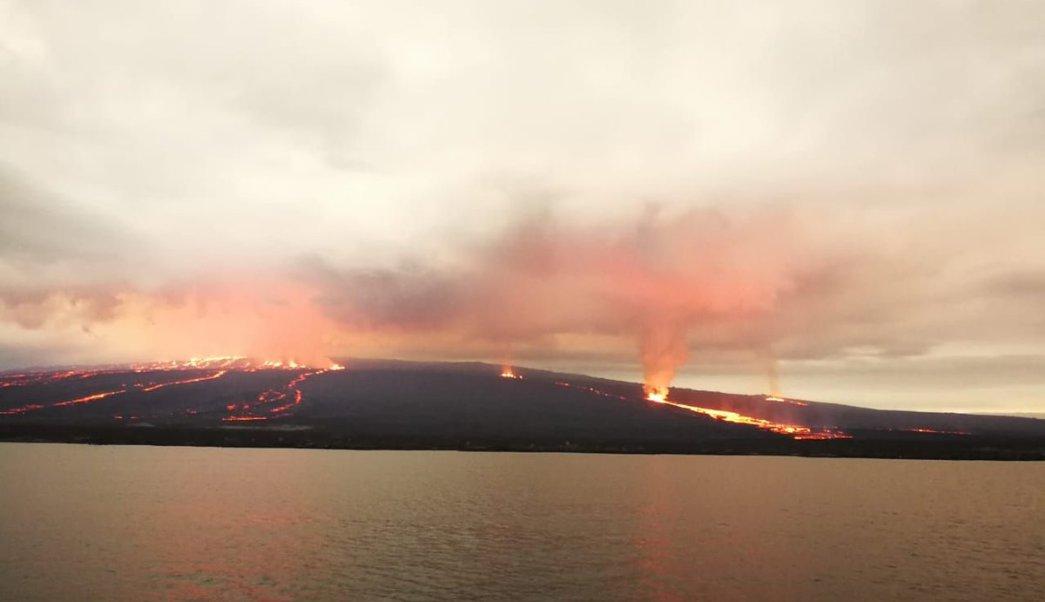 Volcán Sierra Negra Galápagos sigue actividad alta