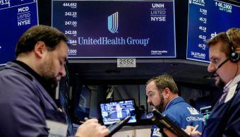 Wall Street pierde en apertura, sector tecnológico a la baja