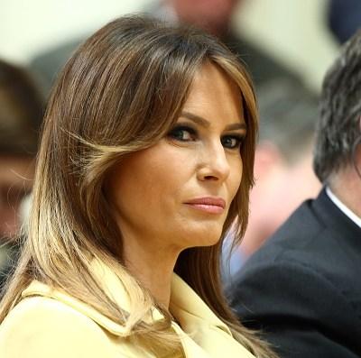 Melania elogia labor de LeBron James tras ataques de Trump
