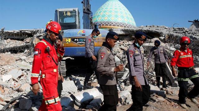 Sismo magnitud 5.9 vuelve a sacudir Indonesia hoy