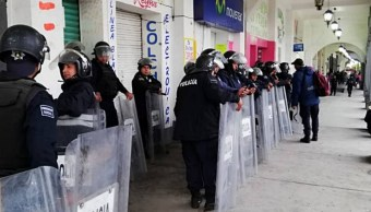 vecinos tultepec enfrentan a policias que realizaban cateos contra narcomenudeo