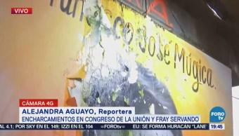 Agua Lluvia Filtra Columnas Metro Congreso De La Unión