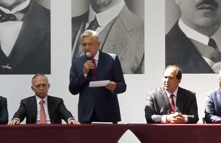 AMLO anuncia equipo de Presidencia, suma a Lázaro Cárdenas Batel