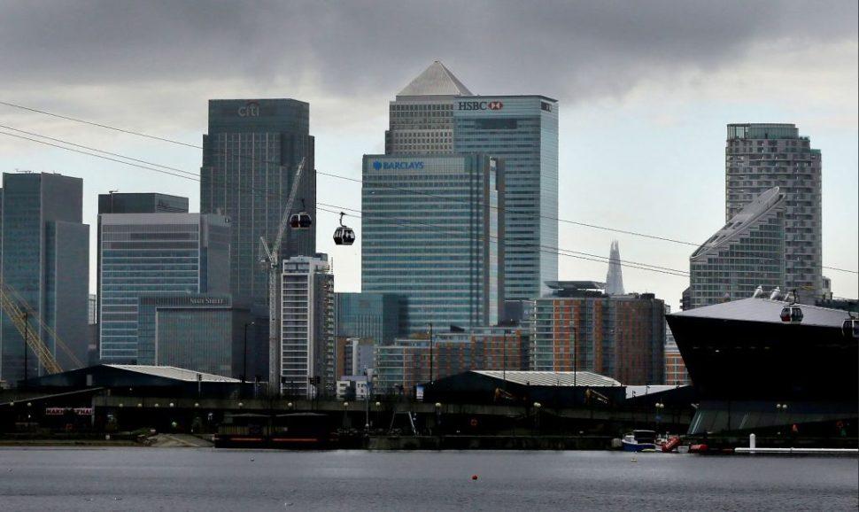 Ante Brexit, capitales dejan la City de Londres III
