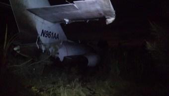 Avioneta de carga realiza aterrizaje de emergencia en San Luis Potosí
