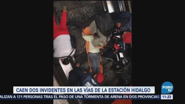 Caen dos invidentes en vías de la estación Hidalgo