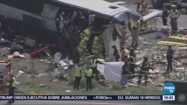 Choque de autobús deja varios muertos en Nuevo México