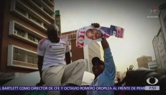 Denuncia fraude en elecciones de Zimbabue