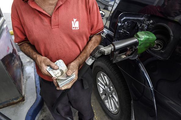 Gasolina en Venezuela será puesta a precio internacional