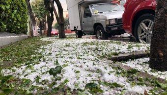Sorprendente granizada pinta de blanco el Valle de México