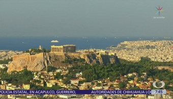 Grecia sale oficialmente de la recesión económica