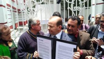 AMLO recibe ofertas por el avión presidencial