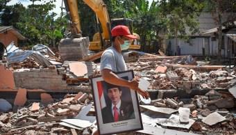 Continúa panorama de destrucción en Indonesia por terremoto