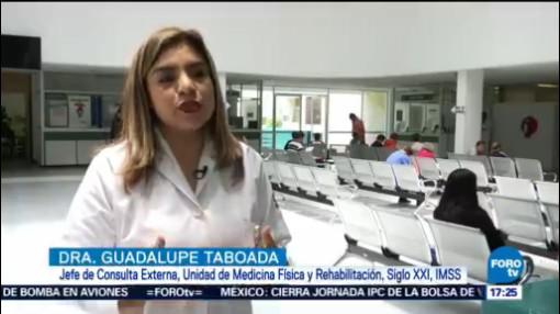 El Peso De La Mochila Puede Dañar Espalda De Los Niños Útiles Uniformes Escolares, Regreso A Clases