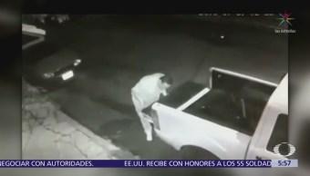 Ladrones roban autopartes en la colonia Pedregal de Santa Úrsula, Coyoacán