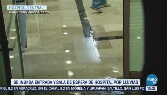 Lluvias en CDMX inundan entrada y sala de espera de hospital