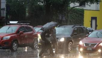 Lluvia causa afectaciones en la CDMX
