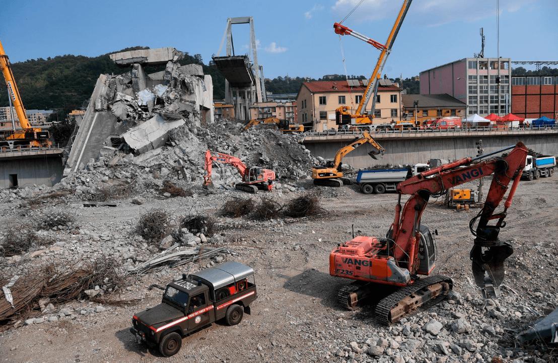 Puente Génova: Recomiendan demoler los restos tras derrumbe