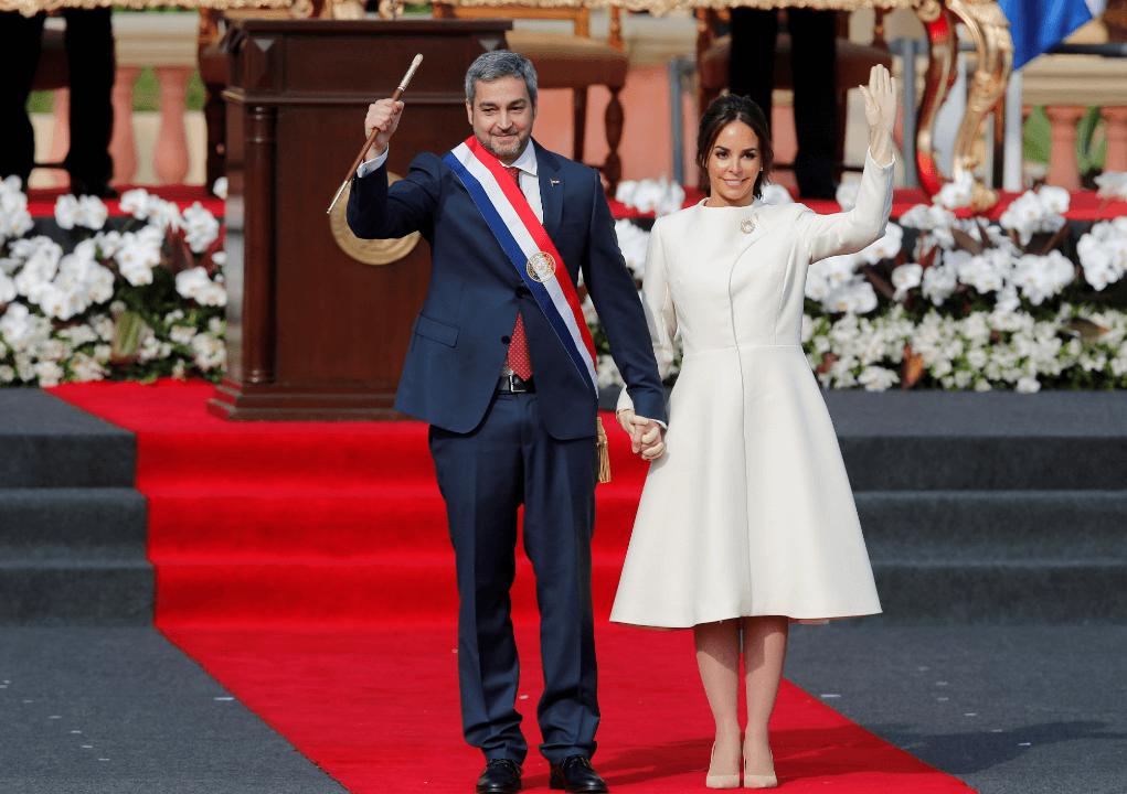 Paraguay estrena presidente; Mario Abdo Benítez jura a cargo