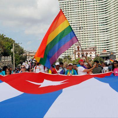 Iglesia cubana rechaza cambio en la Constitución que aprobaría matrimonio gay