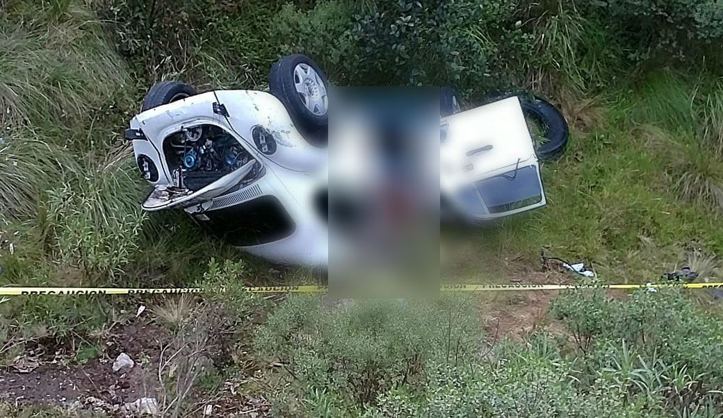 Mueren 3 jóvenes en accidente en la carretera México-Puebla